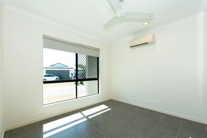 22/21 Sunita Drive, ANDERGROVE, QLD 4740 Australia