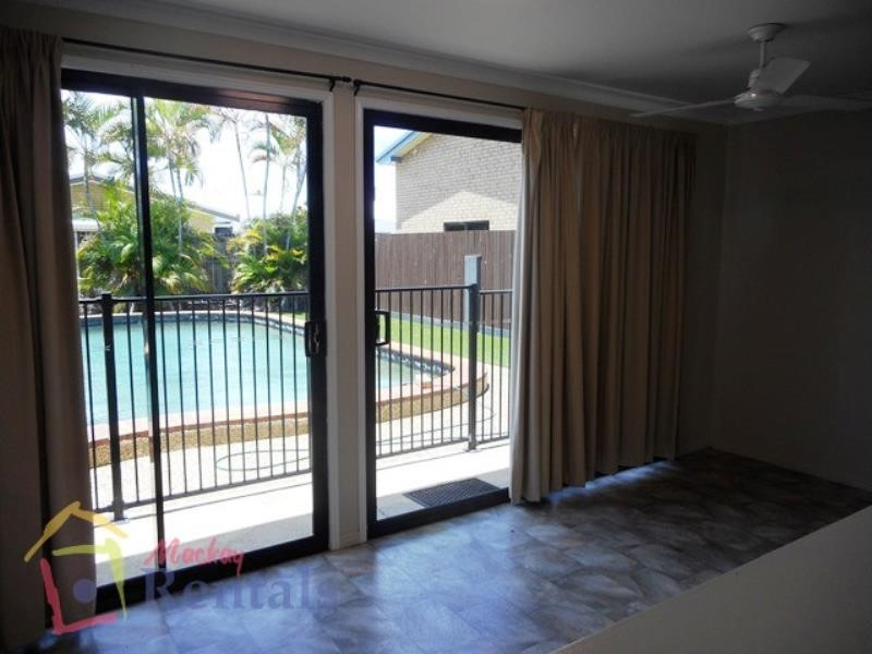 8 Oak Street, Andergrove, QLD 4740 Australia