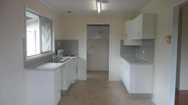 13 Munro Street, Moranbah, QLD 4744 Australia
