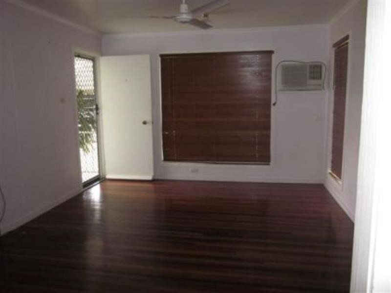 36 Leichhardt Drive, Moranbah, Qld 4744 Australia